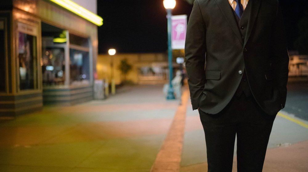メンズスーツに腕時計をしないビジネスマンはあり?