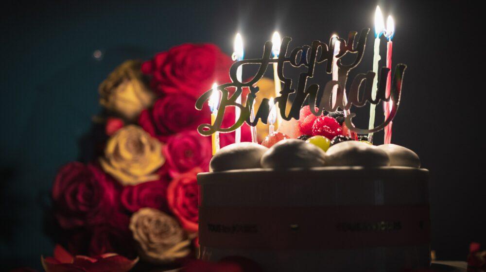 【カップルのディナー】誕生日はどこで何を食べる?